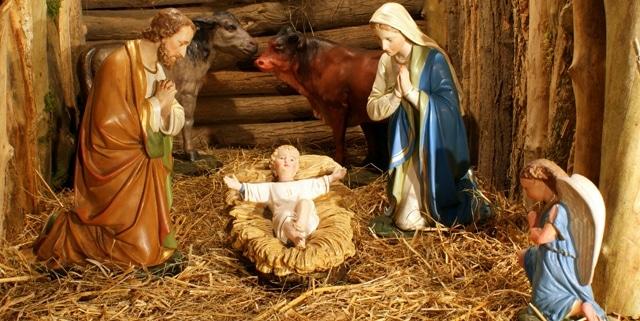 креш ноэль (creche noel) - макет яслей. Рождество во Франции, рождество в Париже, рождественские рынки, рождественские рынки во Франции, рождественский рынок Страсбурга, рождественские службы, Нотр дам де Пари, собор Парижской богоматери, празднование рождества во Франции, традиционное рождество во Франции, традици рождества Франция, путеводитель Франция, достопримечательности Франция, Франция зимой, что делать во Франции зимой, что делать в Париже зимой,