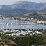 Pourquoi louer un voilier lors de ses vacances à Ibiza?