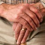Logements pour personnes âgées, bien que des avantages