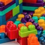 Comment choisir le bon jeu de construction pour votre enfant ?